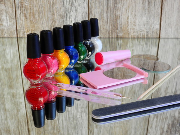 Manicure tools HD picture
