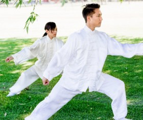People practicing tai chi in park HD picture 13