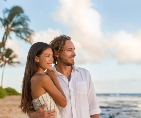 Beach vacation couple HD picture