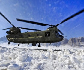 CH-47 Chinook transport helicopter HD picture