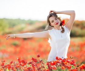 Poppy flower field beautiful girl HD picture 10