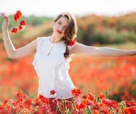Poppy flower field beautiful girl HD picture 11