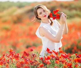 Poppy flower field beautiful girl HD picture 12