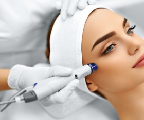 Beautician for customer beauty services Stock Photo 10