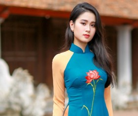 Dignified atmosphere cheongsam beauty Stock Photo
