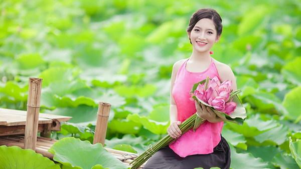[Image: Lotus-pond-beautiful-girl-Stock-Photo.jpg]