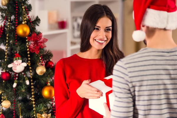 """Kết quả hình ảnh cho christmas gift"""""""