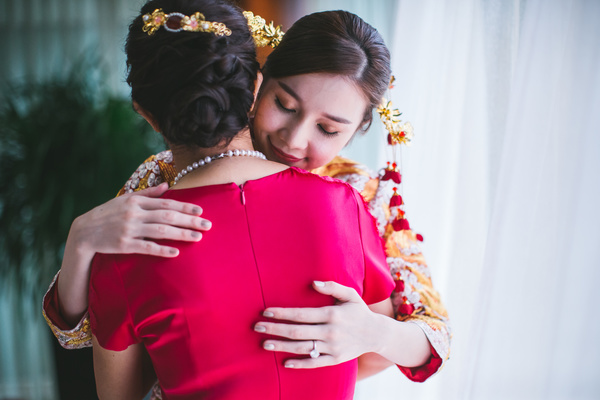 asian bride in traditional wedding costume Stock Photo