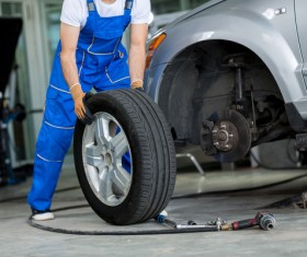Change tires Stock Photo 02
