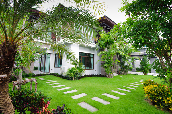 An Independent House With Beautiful Garden Stock Photo 01 Free