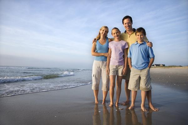 Family Vacation Beach group photo Stock Photo 01