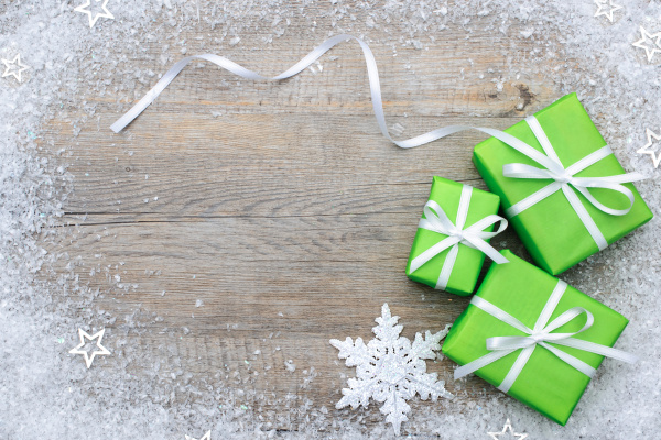 Gift boxes with bow and snowflakes 03