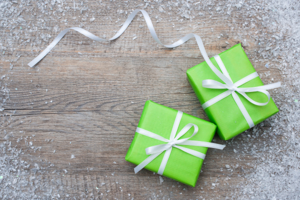 Gift boxes with bow and snowflakes 05
