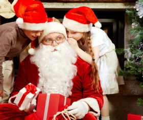 Santa Claus listens to childrens wishes 02