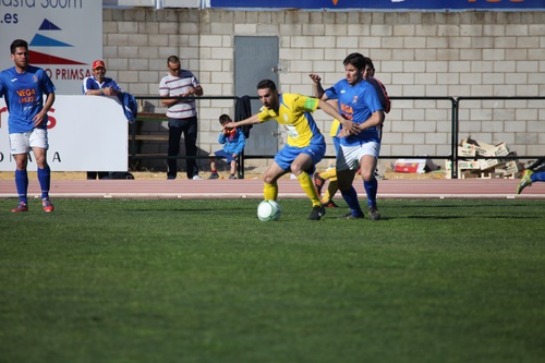 Fast paced soccer game Stock Photo 05
