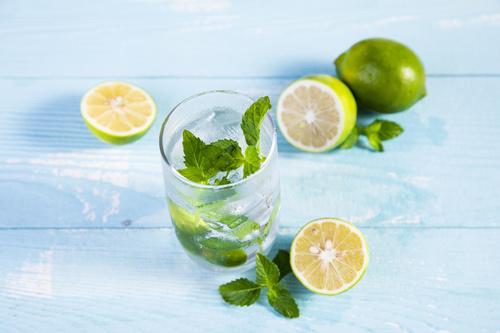 Iced lemon drink Stock Photo 01