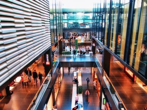Large shopping mall Stock Photo 02