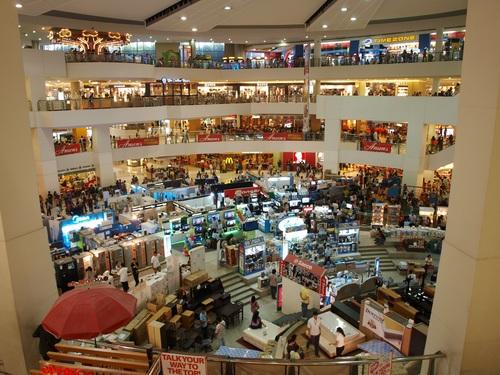 Large shopping mall Stock Photo 03