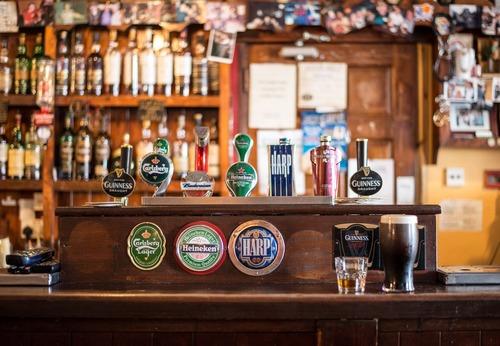 Ornately decorated bar Stock Photo 04