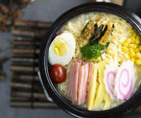 Delicious and delicious instant noodles Stock Photo 07