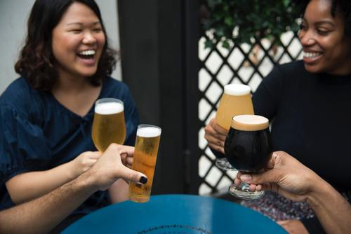 Stock Photo Women drinking beer chat 03