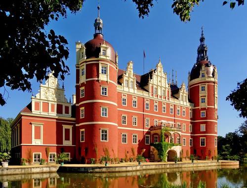 Gorgeous castle Stock Photo 03