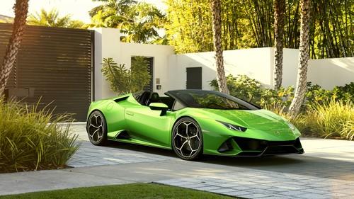 lamborghini huracan evo spider green car Stock Photo free