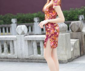 Beautiful woman wearing cheongsam Stock Photo