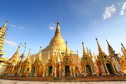 Myanmar Ruiguang Golden Pagoda Stock Photo
