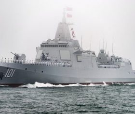 Chinese Navy 055 destroyer Stock Photo